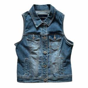 Maurices denim blue jean vest jacket w buttons Med